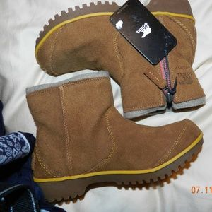 NWT Women's Sorel Light Brown Side Zip Ankle Boots